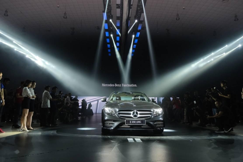 Cận cảnh Mercedes-Benz E-Class 2019: 3 mẫu xe sang hạng trung đẳng cấp