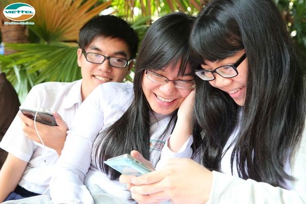 Thuê bao Viettel có thể nhắn tin tra cứu điểm thi THPT quốc gia miễn phí