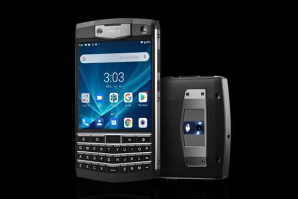 """Unihertz Titan: Phiên bản siêu bền của BlackBerry Passport cho """"fan cứng"""" dâu đen"""