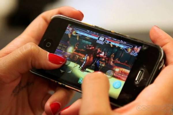 Thống kê: Người dùng toàn cầu thích chơi game di động và cũng rất chịu chi