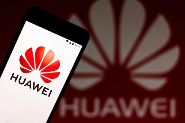 CEO Huawei: 'Lệnh cấm sẽ khiến Mỹ tụt hậu'
