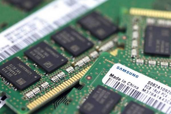 Các quan chức Apple, Microsoft, Google sốt sắng tới Hàn Quốc giải quyết chiến tranh thương mại