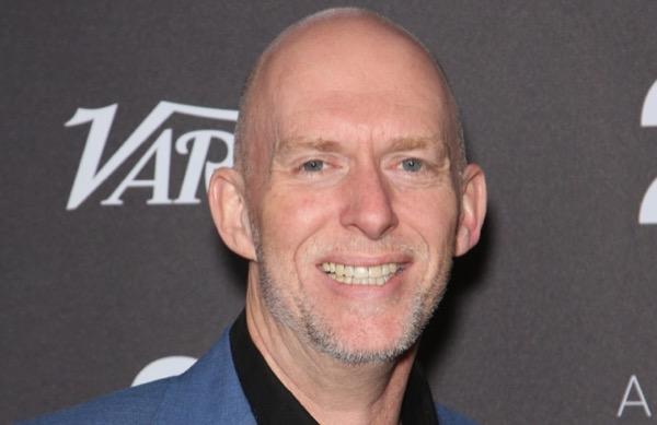 Đồng sáng lập Blizzard Frank Pearce rời công ty