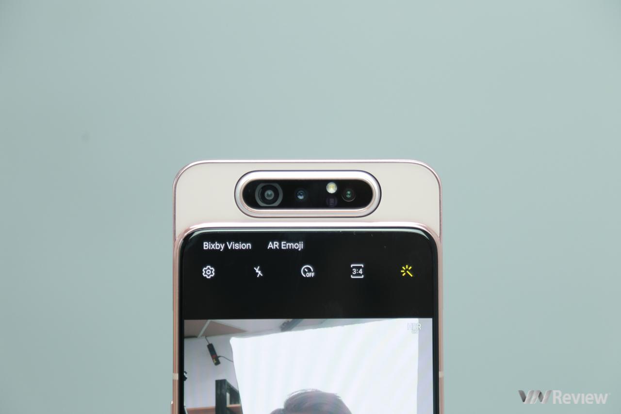 Đánh giá Samsung Galaxy A80: camera trượt xoay độc đáo có đủ vượt qua mức giá đầy thách thức?