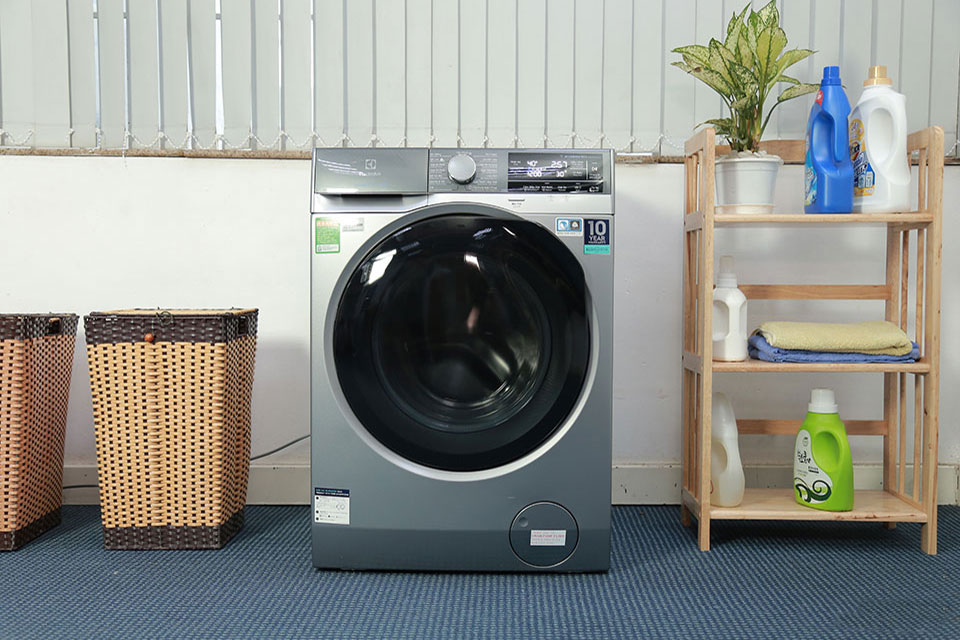 Đánh giá máy giặt Electrolux UltimateCare900 EWF1141AESA: có gì bên trong máy giặt cao cấp nhất của Electrolux?