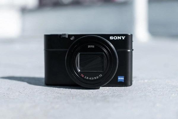 Sony trình làng máy ảnh PnS RX100 VII: tốc độ chụp 90fps, hiệu năng lấy nét tương đương a9