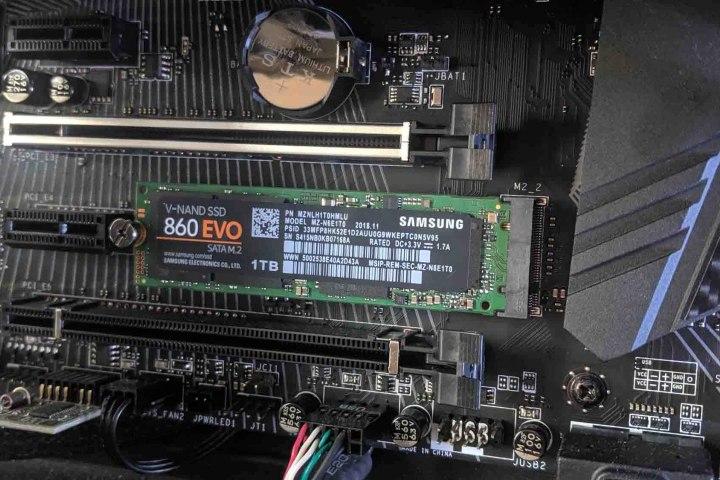 M.2, SATA, và NVMe: bạn nên chọn loại SSD nào cho dàn PC của mình?