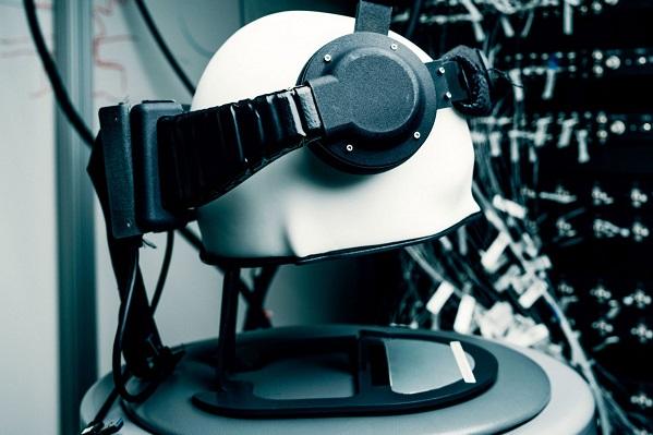 Facebook đang trợ vốn nghiên cứu thiết bị có thể đọc sóng não con người