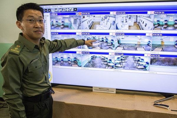 Hong Kong ứng dụng AI để phát hiện sớm các vụ tự tử hay ẩu đả trong tù