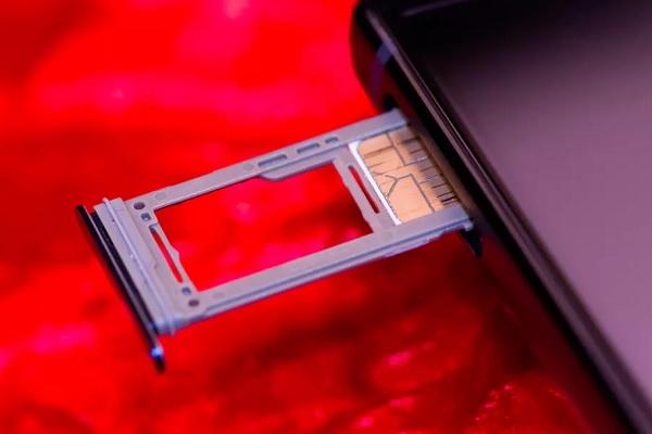 Samsung lý giải quyết định xóa sổ khe cắm thẻ nhớ trên Galaxy Note 10