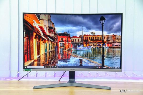 Đánh giá màn hình gaming Samsung CRG5: Khi tần số làm tươi là tất cả