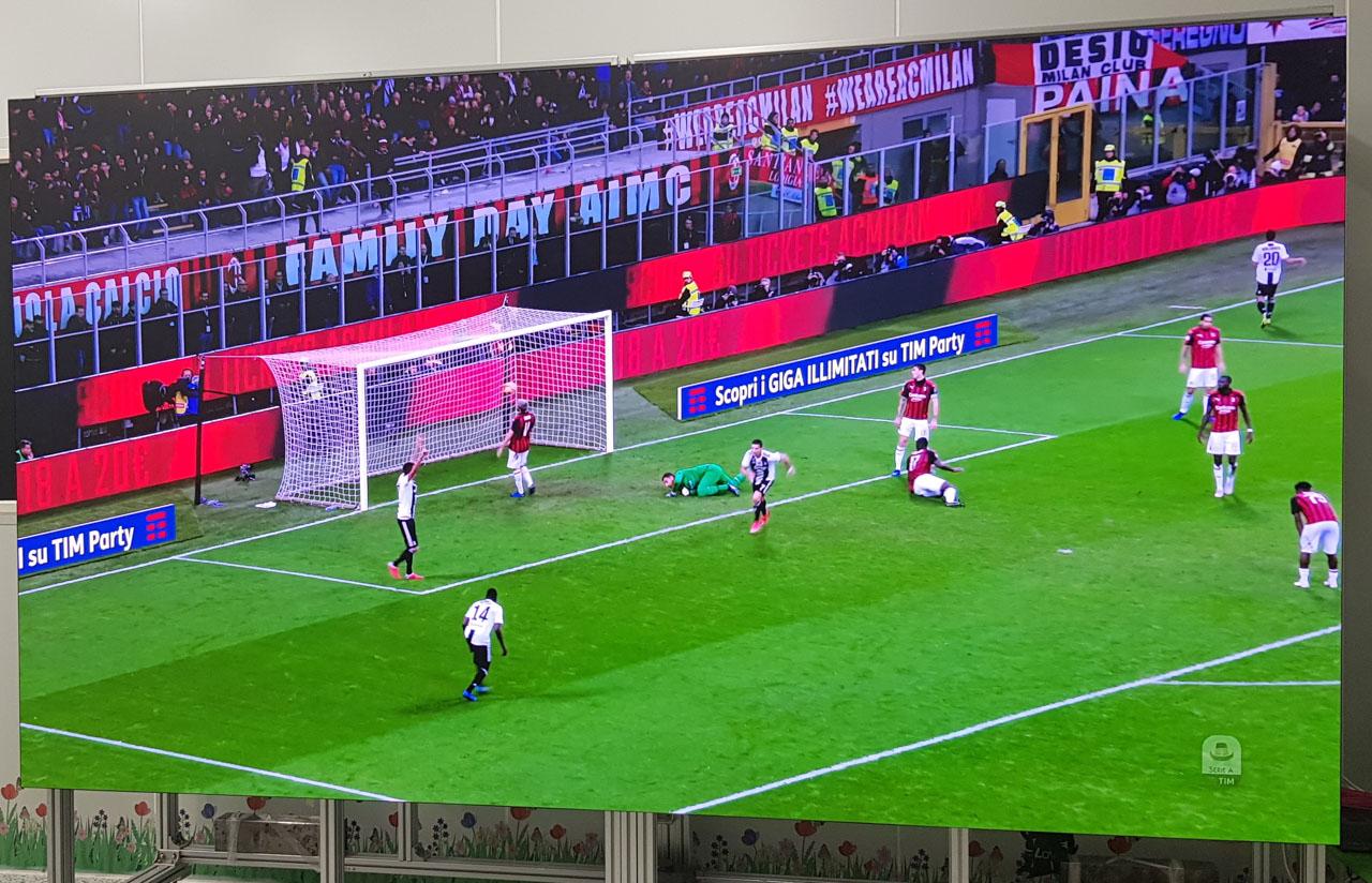 """""""Đi ngắm"""" TV Samsung MicroLED The Wall 146 inch giá 8 tỷ đồng tại Việt Nam"""