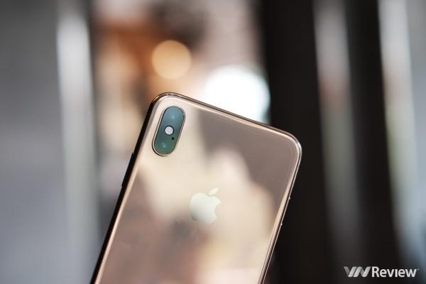 Mặc cho doanh số iPhone đang báo động, iOS tiếp tục 'bỏ xa' Android