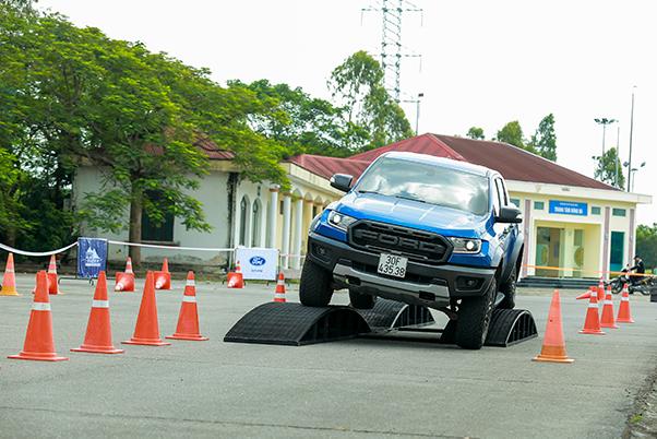 Khởi động chương trình lái thử xe - Ford Roadshow 2019