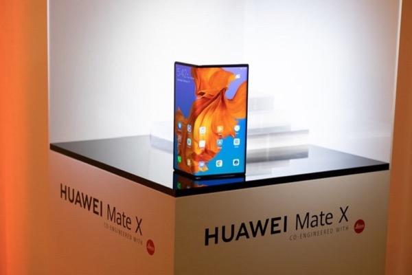 Đây là thiết kế chính thức của Huawei Mate X?