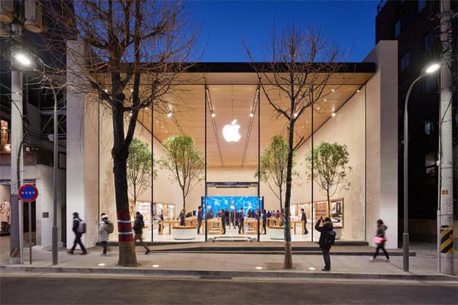 Apple tuyên bố 'nuôi' 325.000 công nhân ở quê hương Samsung