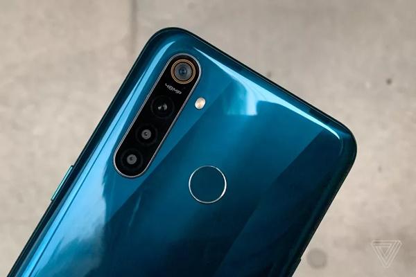 Realme 5 và 5 Pro ra mắt với 4 camera, giá hấp dẫn