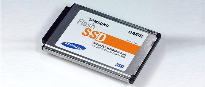 Giá SSD giảm đến hơn 70%