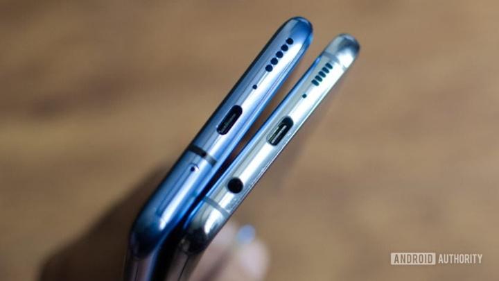 Khảo sát cho thấy chỉ 1% người dùng smartphone cho rằng giắc cắm tai nghe là quan trọng