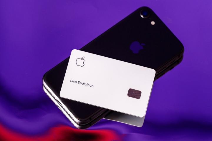 Apple Card không chỉ là một chiếc thẻ tín dụng – nó là vũ khí bí mật giúp Apple bán nhiều iPhone hơn