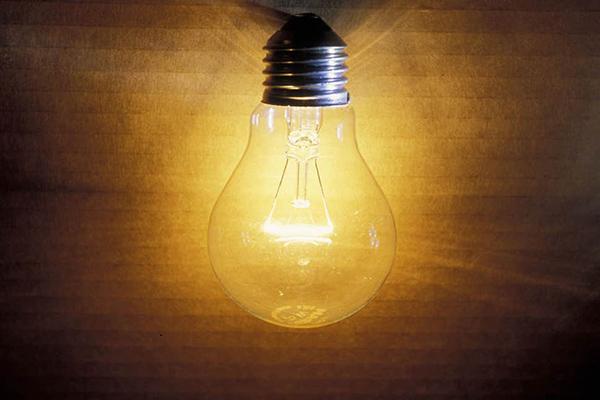 Thomas Edison: Nhà phát minh vĩ đại hay chỉ là một kẻ lừa đảo?