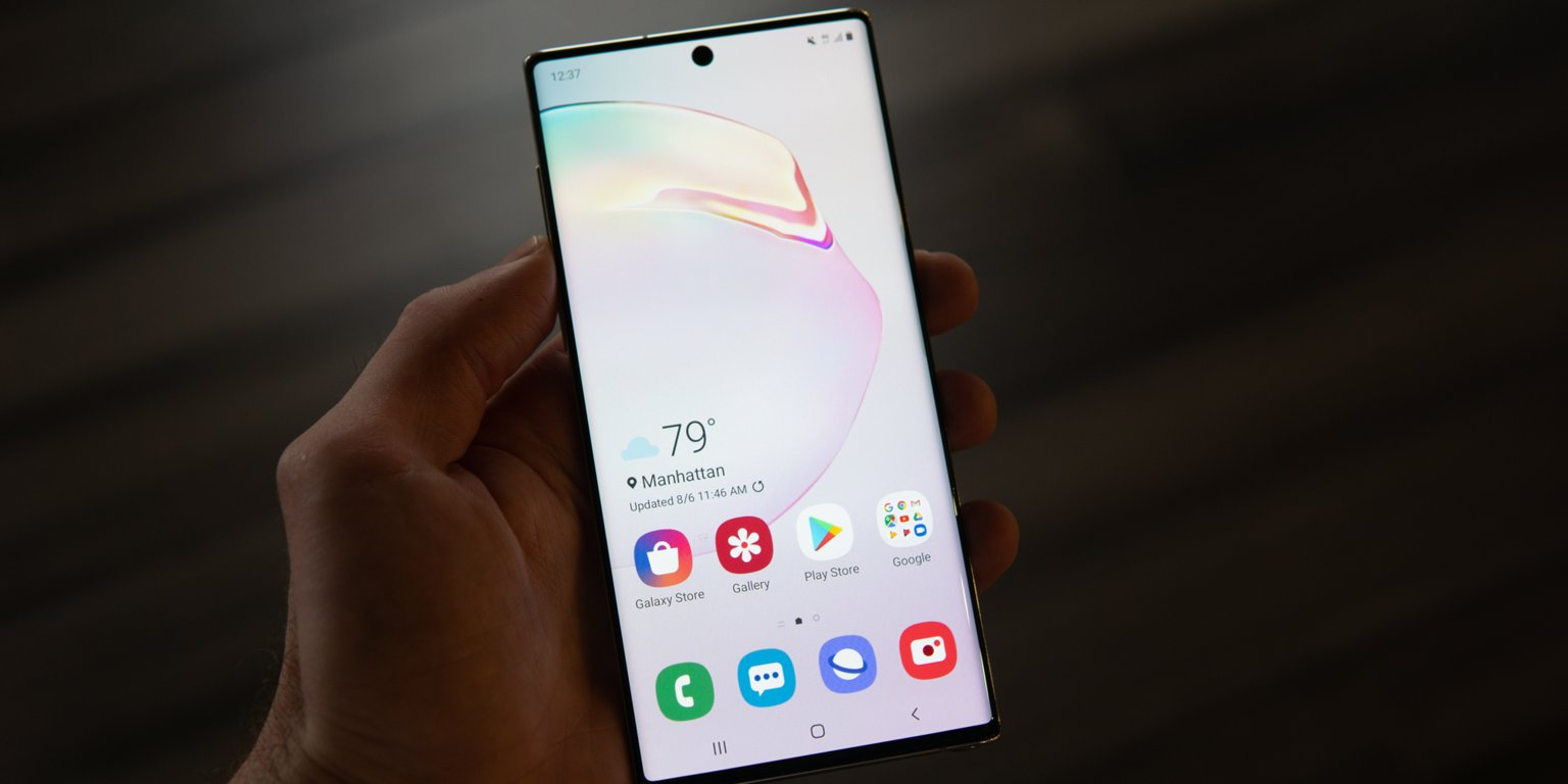 Sở hữu màn hình xịn là thế, vì sao mặc định điện thoại Samsung không hiển thị độ phân giải cao nhất?