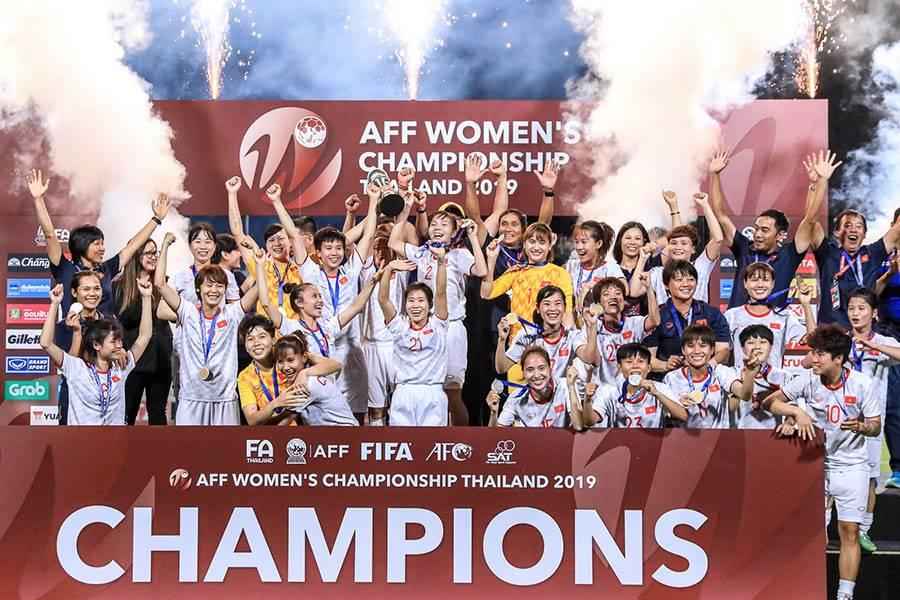 Bóng đá nữ Việt Nam vô địch AFF, toàn thắng Thái Lan trong năm 2019