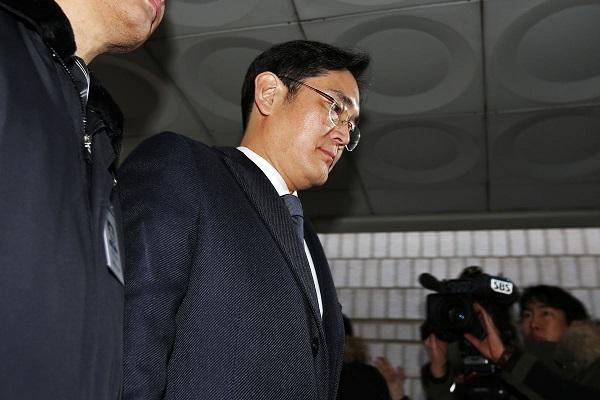 """Tương lai của """"Thái tử Samsung"""" hóa ra lại nằm ở ba con ngựa"""