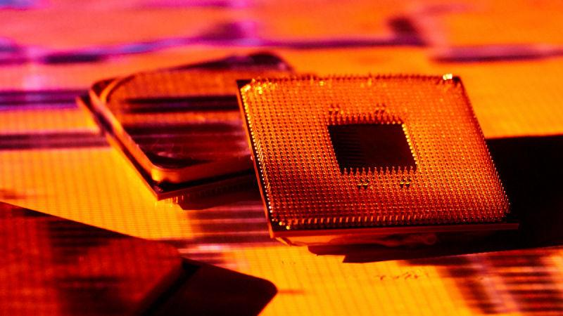 Sau 8 năm, AMD vẫn gặp rắc rối với những con chip Bulldozer trong quá khứ của mình