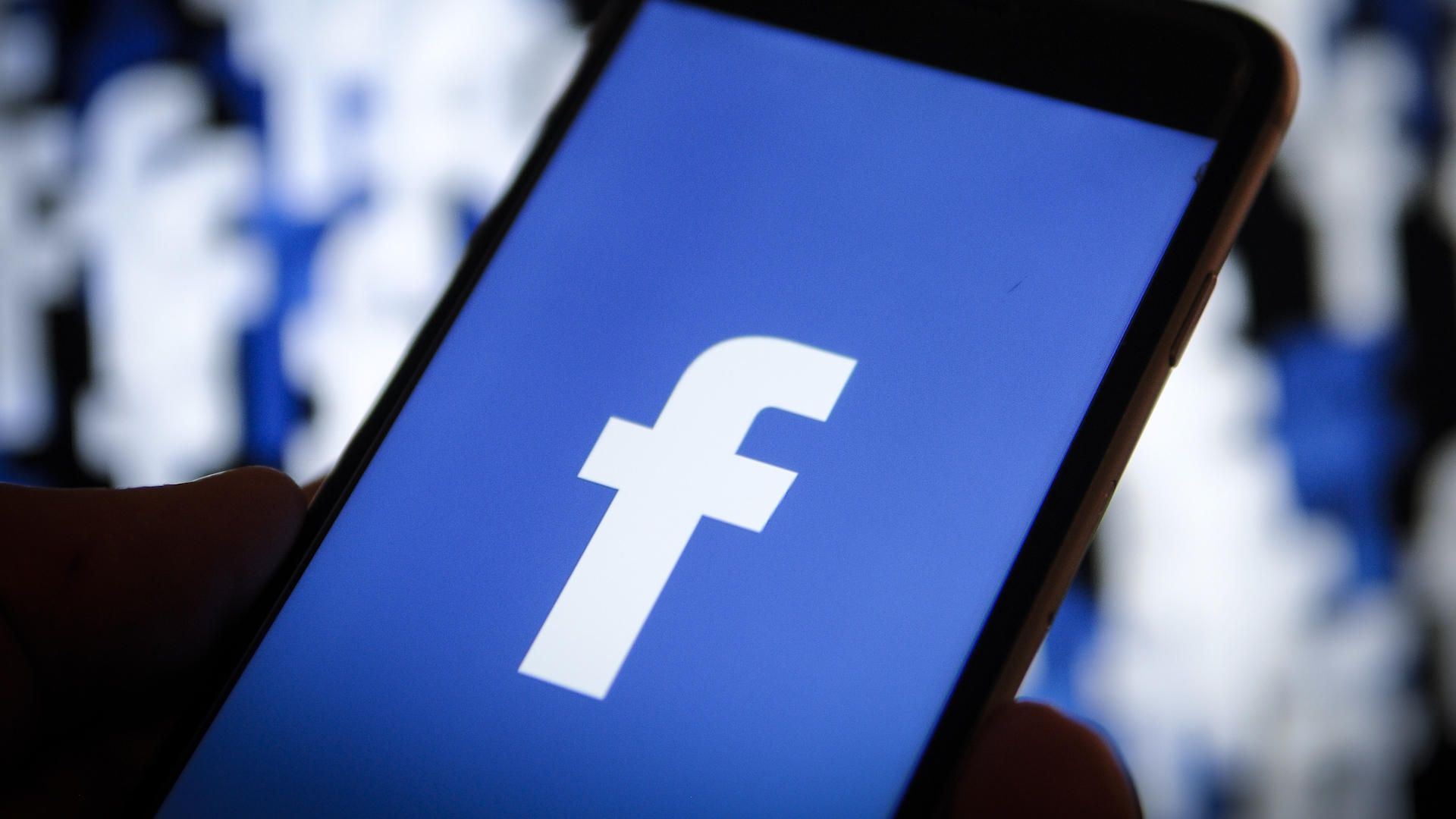 """Lại là Facebook: """"tự tiện"""" tải các thư viện hệ thống của điện thoại lên, không hỏi ý kiến người dùng"""