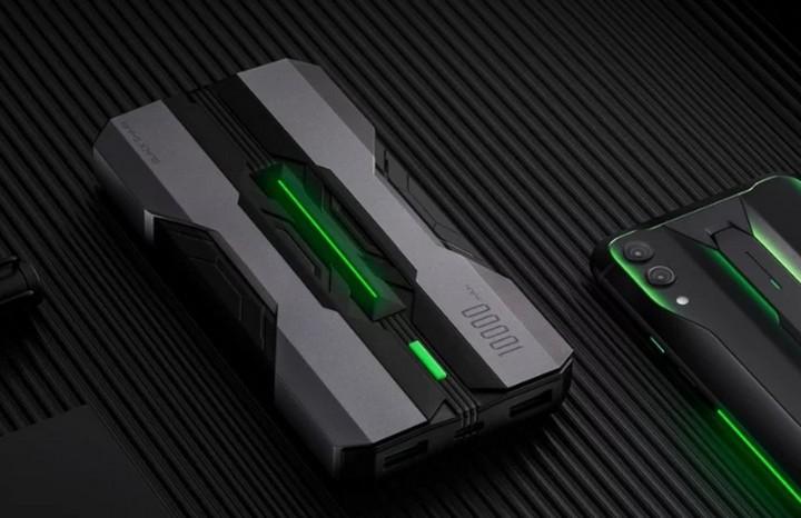 Sạc dự phòng Black Shark 10.000 mAh của Xiaomi có cả đèn LED hỗ trợ sạc nhanh 18W