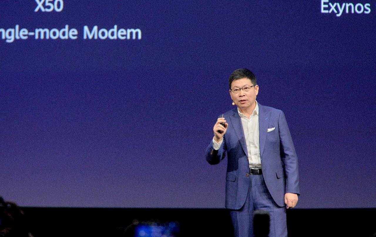 [IFA 2019] Huawei ra mắt Kirin 990 tích hợp SoC 5G, sẽ xuất hiện đầu tiên trên dòng Mate 30