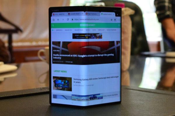 Huawei Mate X có thể bán vào tháng 10, thêm phiên bản sử dụng Kirin 990