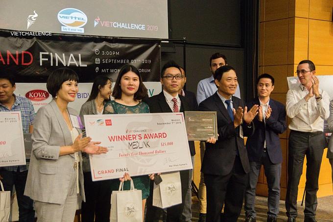 Startup Việt Nam Medlink giành giải vô địch cuộc thi khởi nghiệp VietChallenge 2019 tại Mỹ