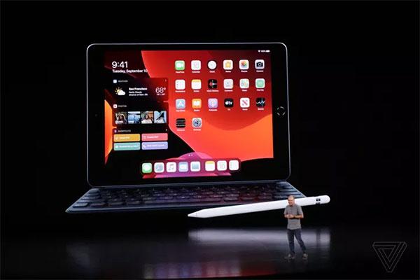 Apple ra mắt iPad 10.2 inch thay cho iPad 9.7 tồn tại 10 năm qua, giá chỉ từ 329 USD