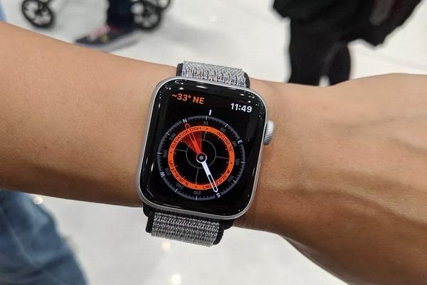 Trên tay Apple Watch Series 5: Không có gì mới ngoại trừ Always-on Display
