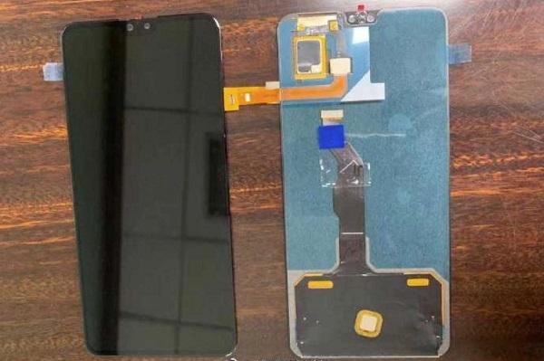 Huawei Mate 30 rò rỉ ảnh màn hình, lộ tai thỏ rõ to