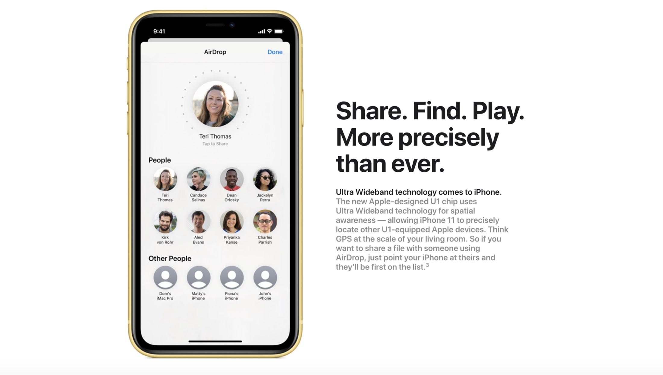 """Nhờ chip U1 mới, người dùng iPhone 11 có thể """"chỉ"""" vào máy của bạn bè để chia sẻ ảnh qua AirDrop"""