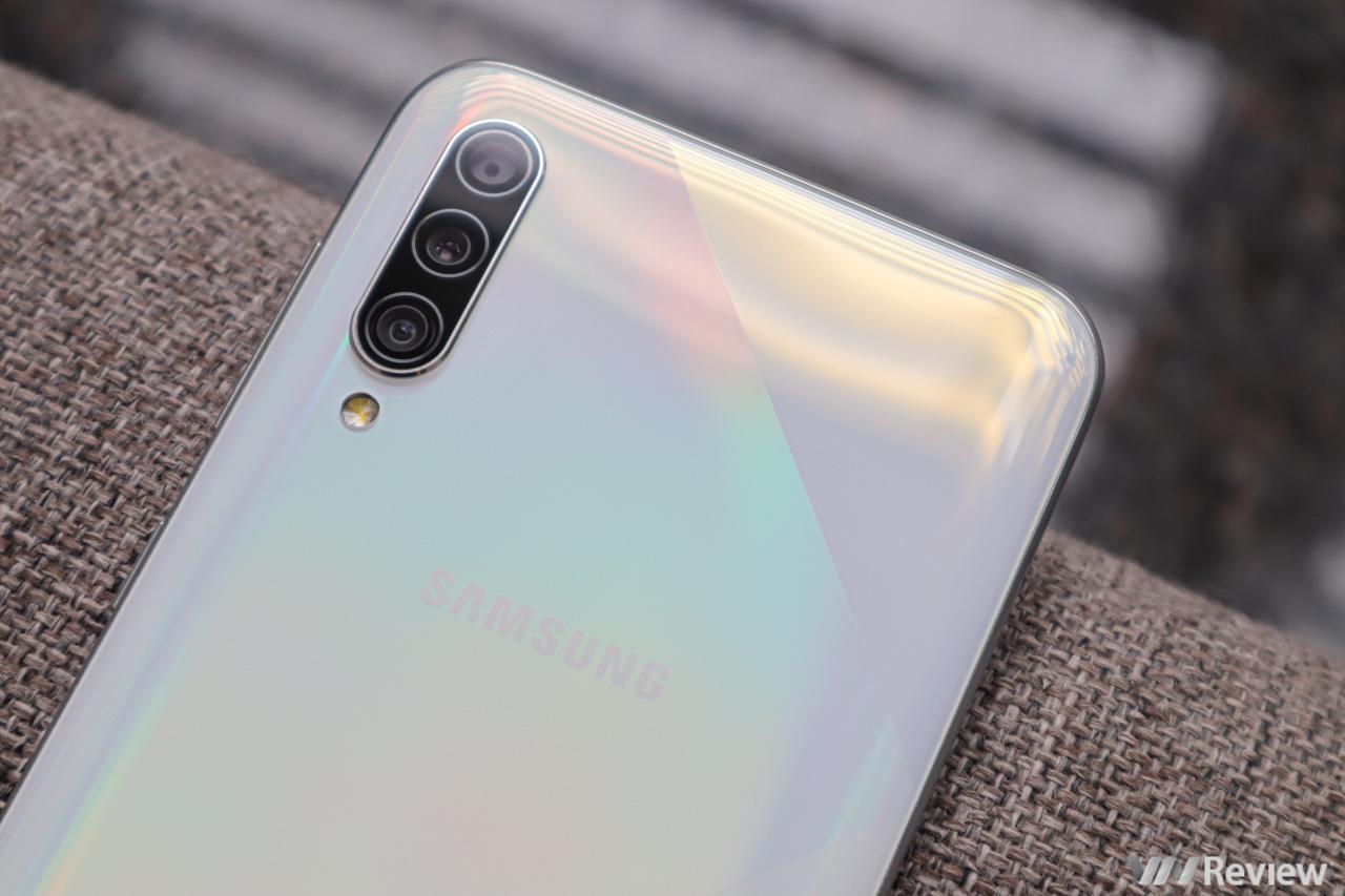 Trên tay Galaxy A50s