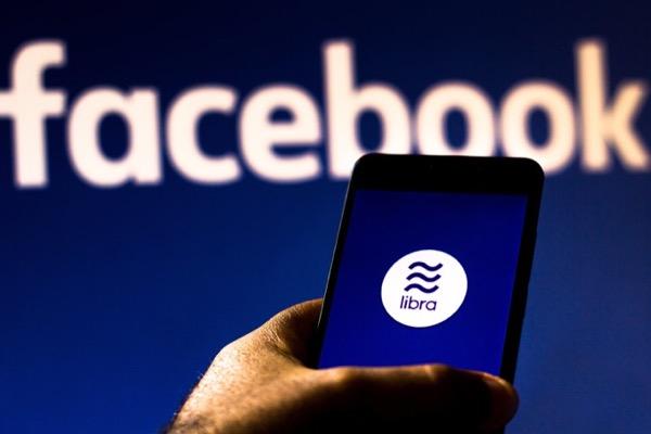 Pháp tuyên bố cấm tiền ảo Facebook Libra