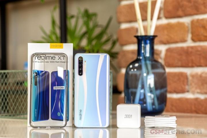 Realme XT ra mắt: camera 64 MP, sạc nhanh 20W, chip Snapdragon 712