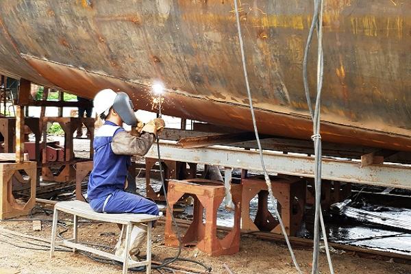 Nhiều cơ hội việc làm trong lĩnh vực chế tạo vỏ tàu