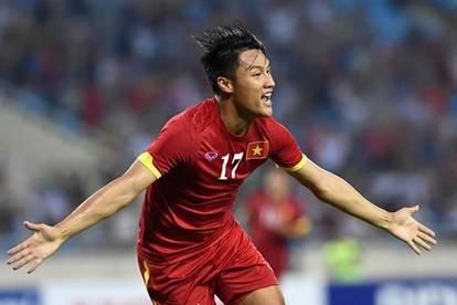Danh sách tuyển Việt Nam gặp Malaysia và Indonesia tới đây: Mạc Hồng Quân trở lại!