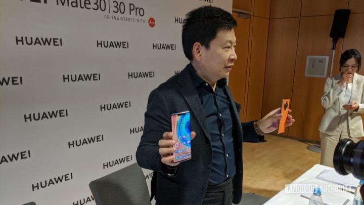 Nếu Mỹ dỡ lệnh cấm, Huawei chỉ cần một đêm để cập nhật app Google cho Mate 30