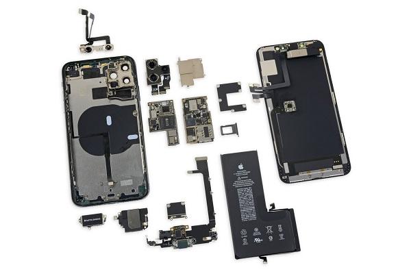 """""""Mổ bụng"""" iPhone 11 Pro Max"""