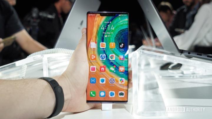 Không có Google, Huawei vẫn tự tin bán được 20 triệu máy Mate 30 - ảnh 1