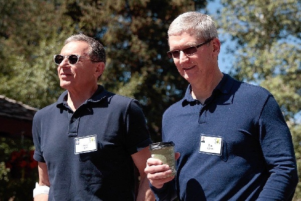 CEO Disney Bob Iger tiết lộ lý do rời khỏi Hội đồng quản trị Apple