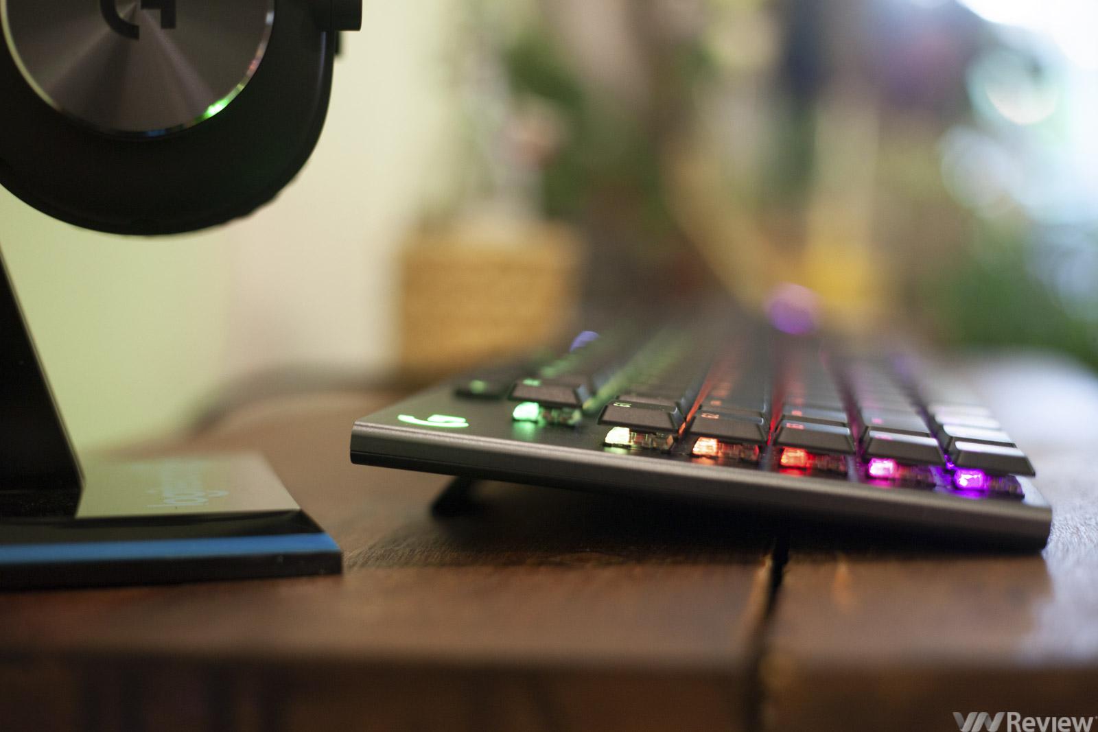 Đánh giá bàn phím cơ Logitech G813