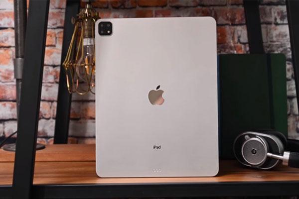Video trên tay bản mẫu iPad Pro 2019 với 3 camera sau