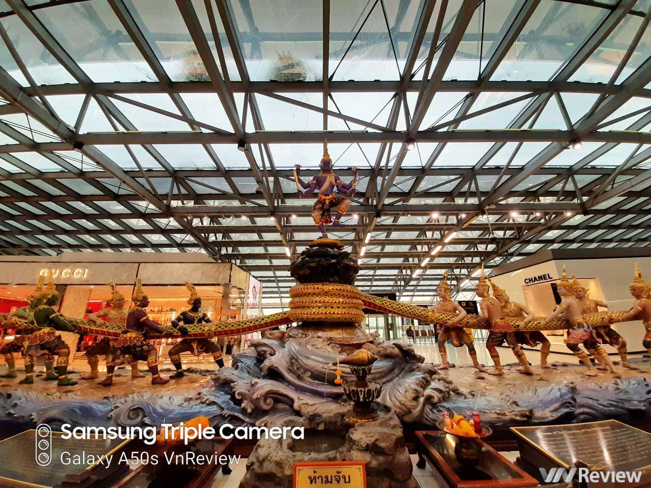 """Đánh giá chi tiết camera 48MP và 32MP của Galaxy A50s: nhiều """"chấm"""" liệu có ngon hơn?"""